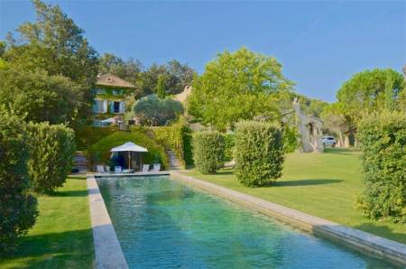 Vacation Rentals at Bastide de Saumane