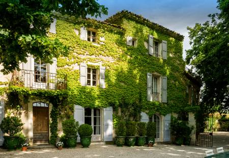 Vacation Rentals at Bastide de Mirabeau