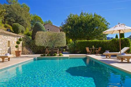 Vacation Rentals at Mas des Baux de Provence