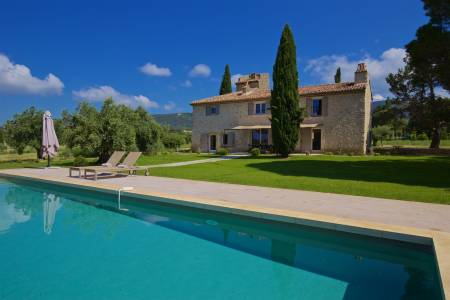Vacation Rentals at Le Bastidon de Lourmarin