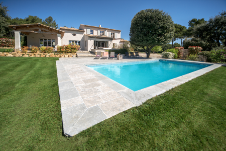 Vacation Rentals at Villa des Verans