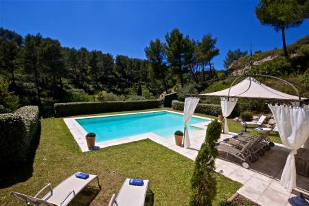 Vacation Rentals at Bastide de Trevallon