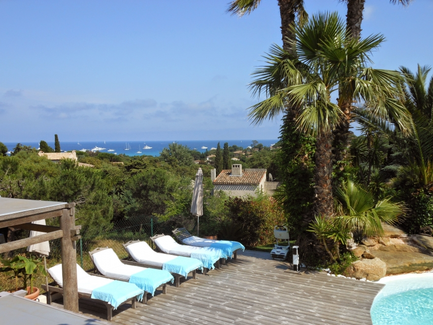 Photo number 75 of Villa Bambou