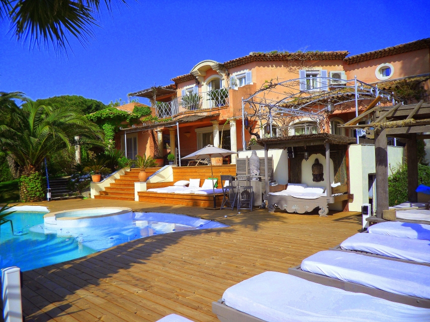 Photo number 51 of Villa Bambou