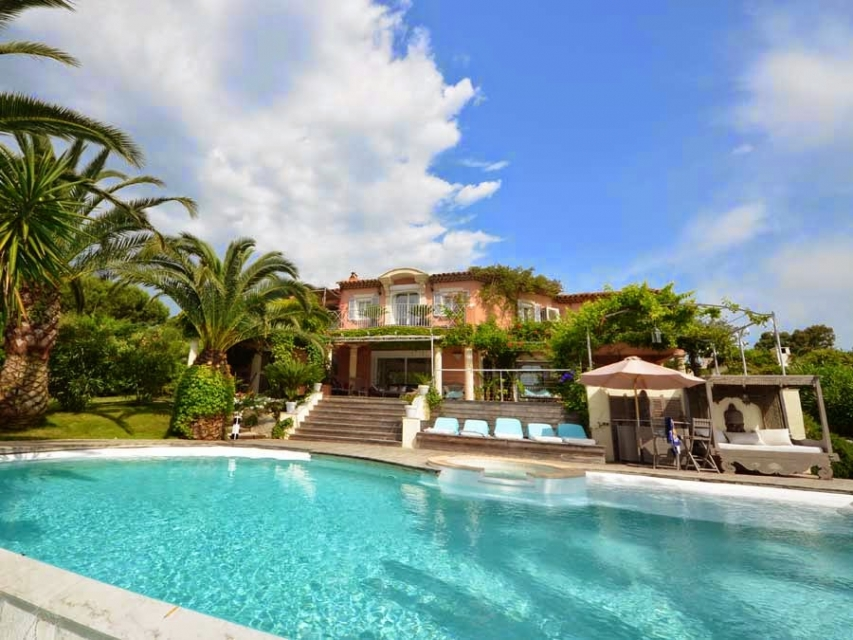 Photo number 10 of Villa Bambou