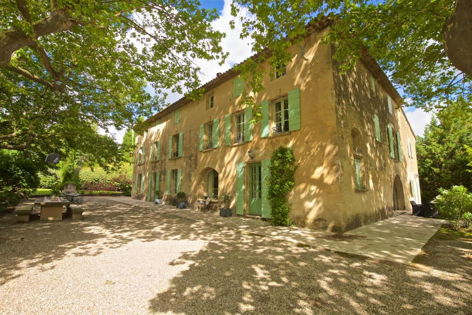 Photo number 33 of Bastide de Caireval