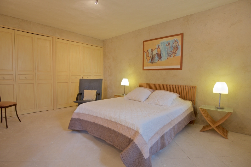 Photo number 26 of La Citadelle