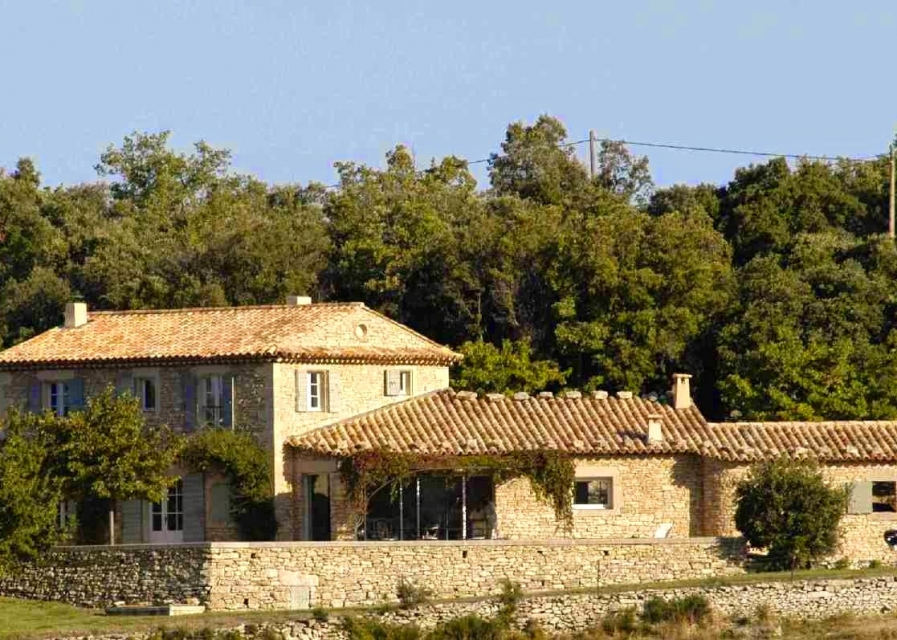 Photo number 04 of Les Pierres du Luberon