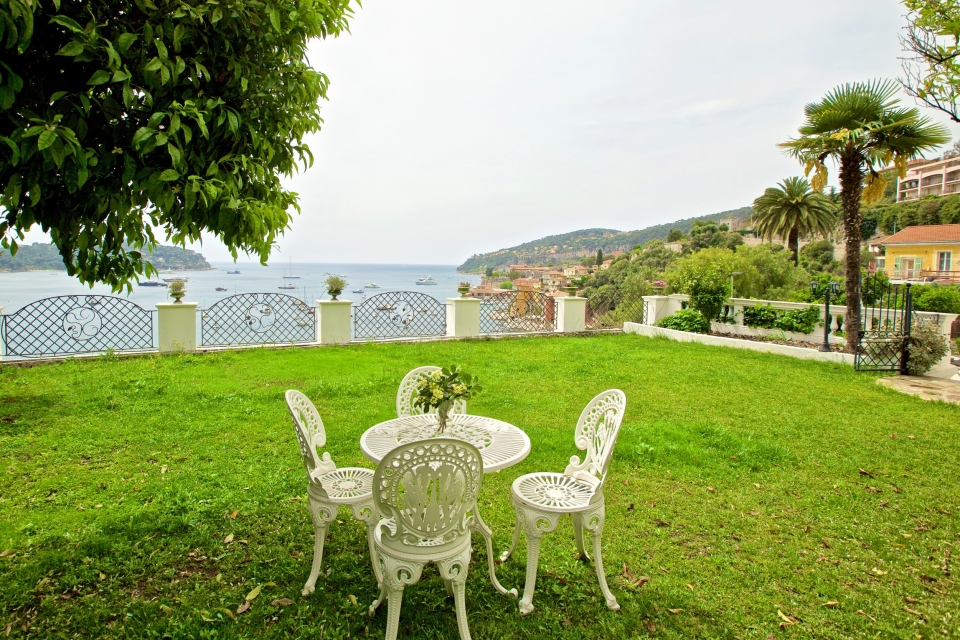 Photo number 62 of Villa Minerve