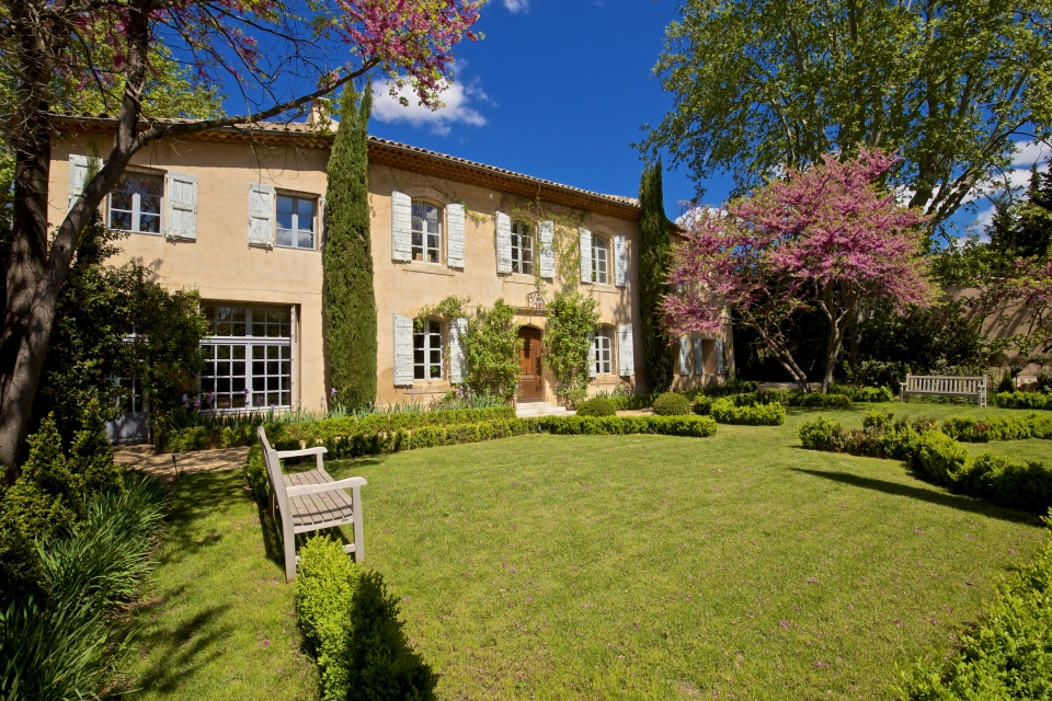 Photo number 27 of Bastide des Pinchinats