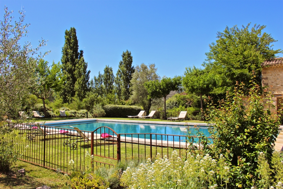 Photo number 14 of Bastide du Pont Julien