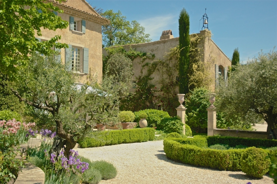 Photo number 02 of Bastide de Saumane
