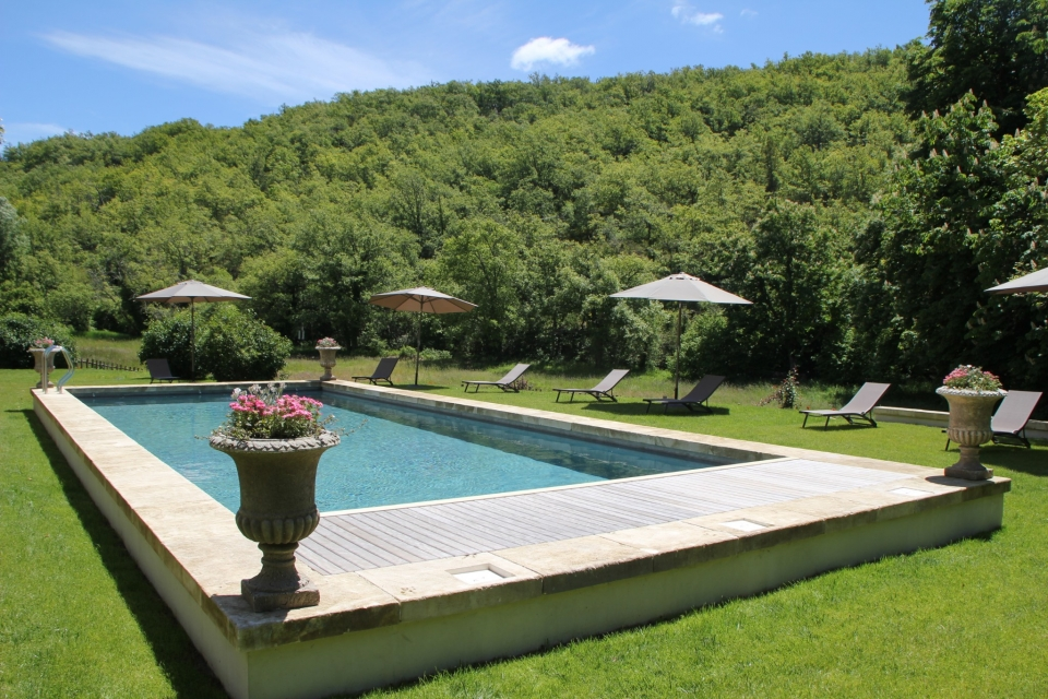 Photo number 02 of Bastide de Sivergues
