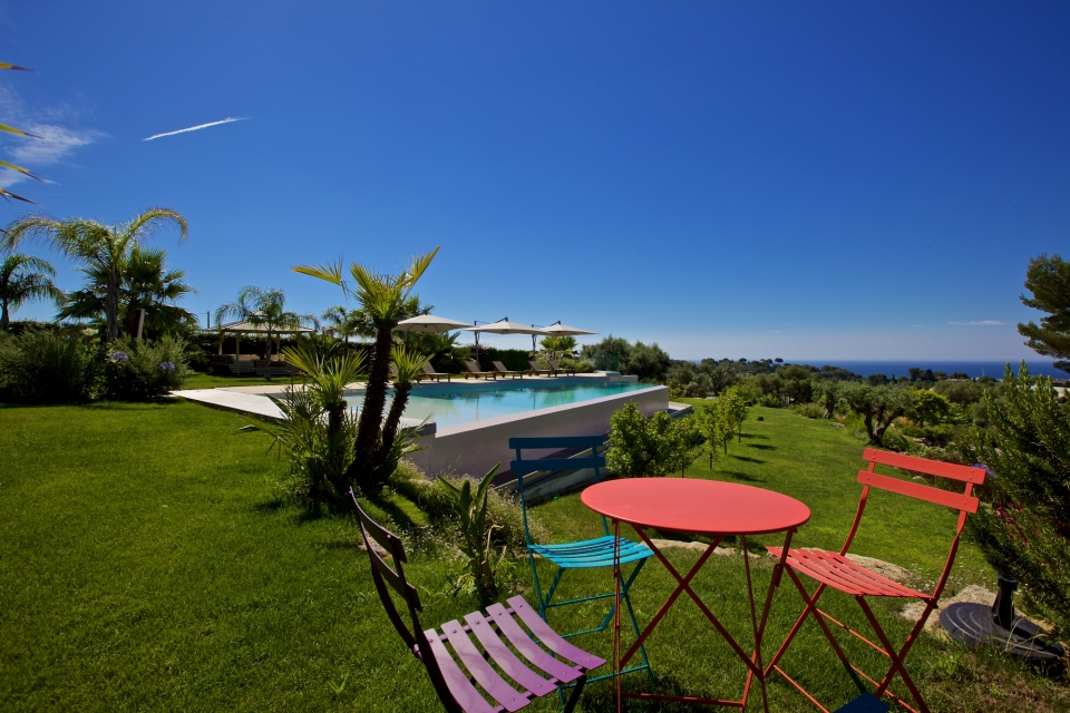 Photo number 18 of Villa Sublime