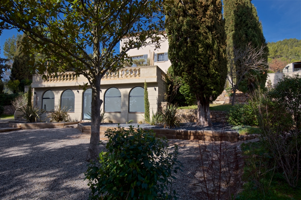 Photo number 41 of Bastide du Tholonet