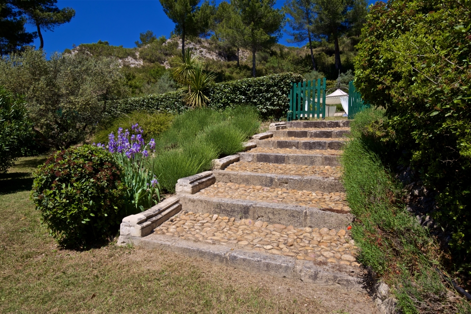 Photo number 49 of Bastide de Trevallon