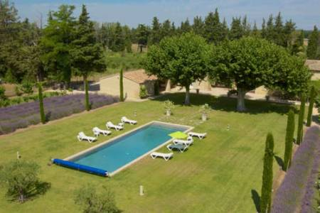 Vacation Rentals at Mas des Pommiers
