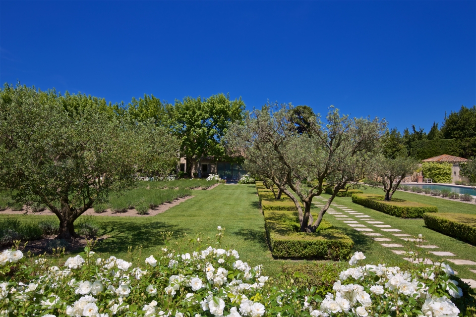Photo number 05 of Mas la Closerie